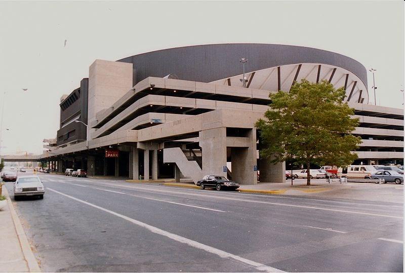 800px-Market_Square_Arena,_Indianapolis,_1988