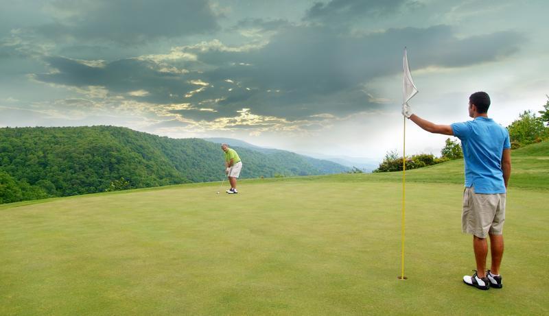 Golfers_Stormy_Sky_cropped