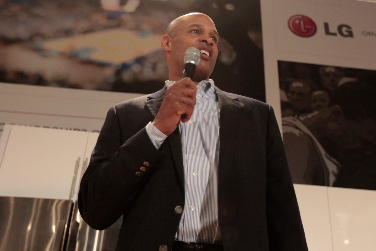 CBS analyst Clark Kellogg says he wants to reflect Christ to