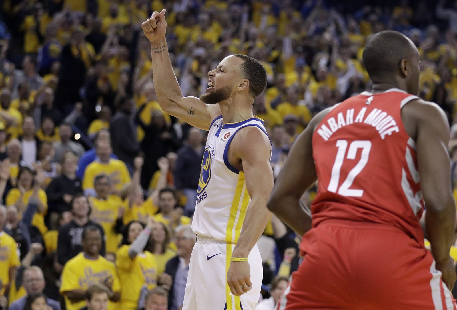 e271d9eb33d Stephen Curry says he